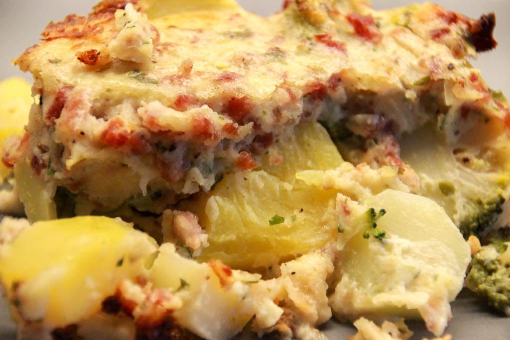 Brokkoli-Kartoffel-Auflauf mit Schinken