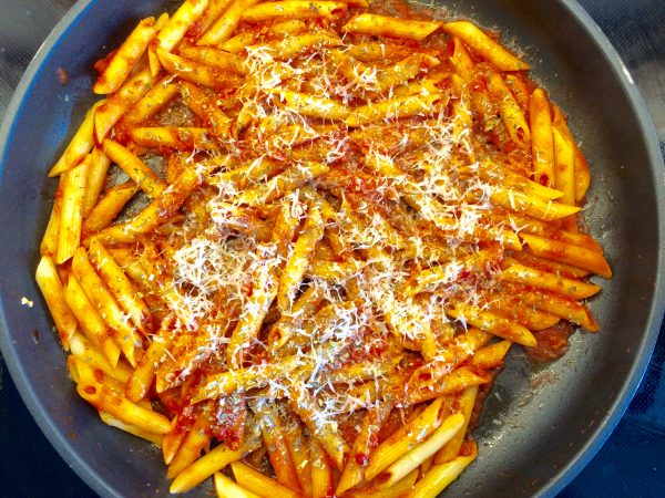 Penne Napolitana mit Parmesan