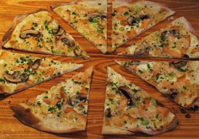 Tarte mit Lachs,Champignons und Parmesan